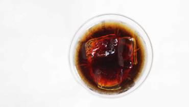 Come si deve bere, servire e capire un Vermouth