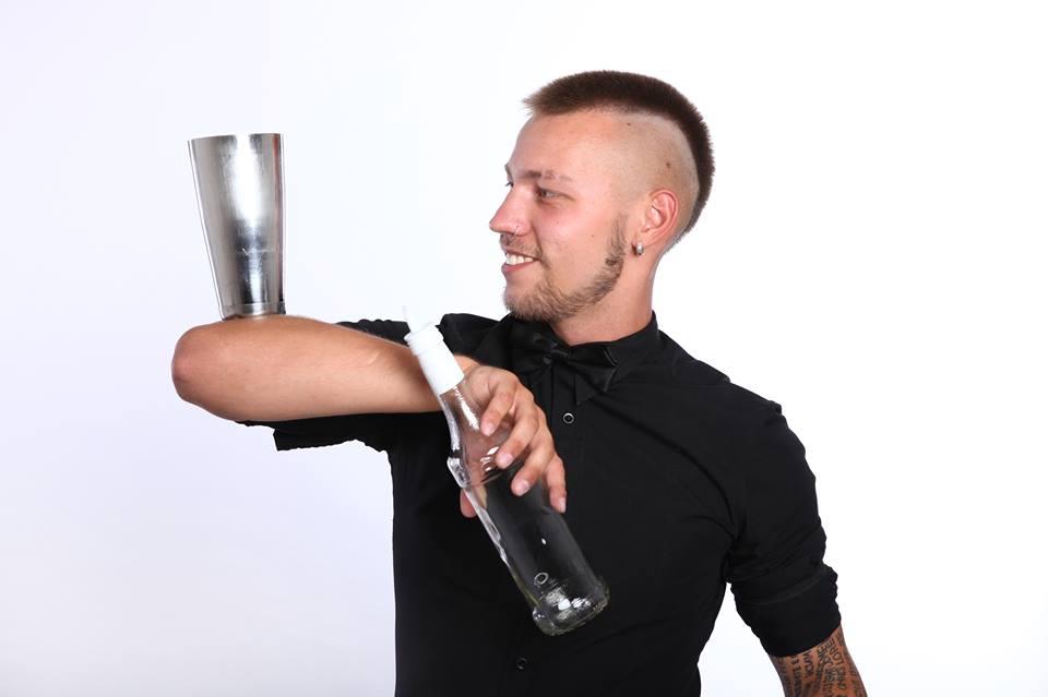 trainer corso flair roma - masterclass bartending